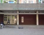 Stari grad: Otpočela akcija postavljanja antikliznih traka na školske ulaze
